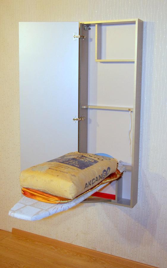 Шкафчик выдерживает до 50 кг